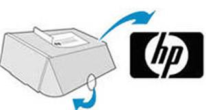 Schließen und Versiegeln des Kartons und anschließendes Anbringen des vorfrankierten Versandetiketts zur Rücksendung an HP