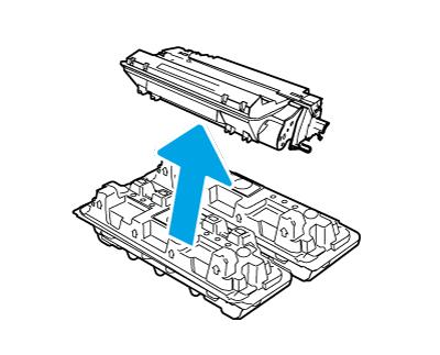 Herausnehmen der Tonerpatrone aus der geöffneten Verpackung