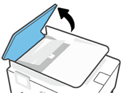 De klep van de automatische documentinvoer optillen