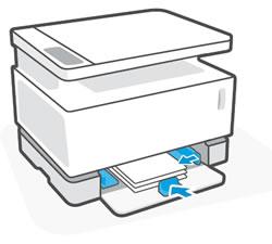 Posizionamento delle guide della carta verso l'interno