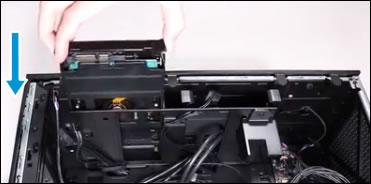 ハードドライブをコンピューターに入れなおす