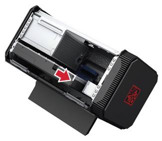 Vložení grafické karty do slotu PCI