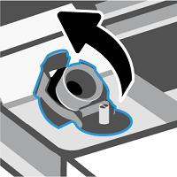 Abrindo a tampa do tanque de tinta