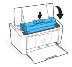 Выравнивание картриджа по направляющим внутри принтера